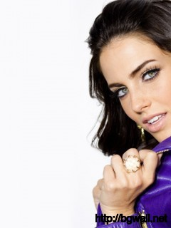 Jessica Lowndes cute photo