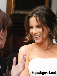 Kate Beckinsale After Party Wallpaper