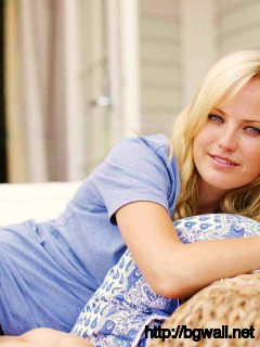 Malin Akerman Golden Hairs Awesome Looks