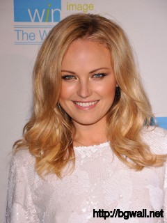 New Malin Akerman mobile iphone Pic