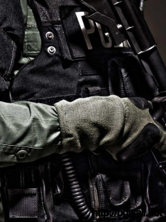 amazing-police-guns-wallpaper