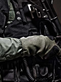 amazing-police-guns-wallpaper