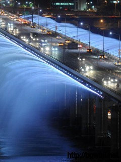 awesome-fountain-bridge-on-seoul-wallpaper-hd