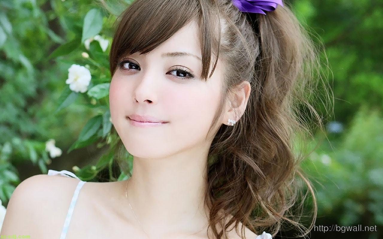 beautiful-and-cute-girl-photo-wallpaper