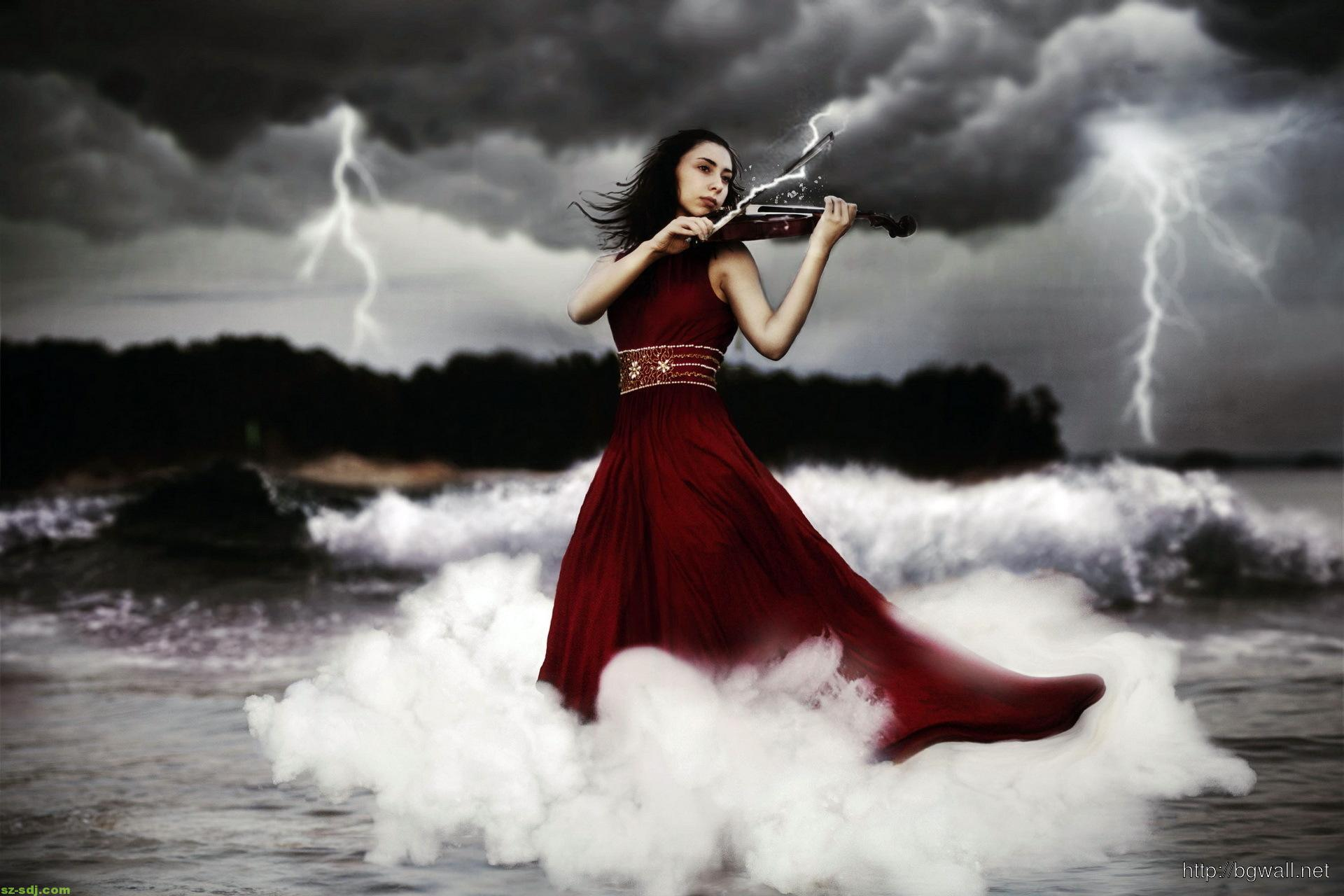 Beautiful Women Playing Violin Wallpaper