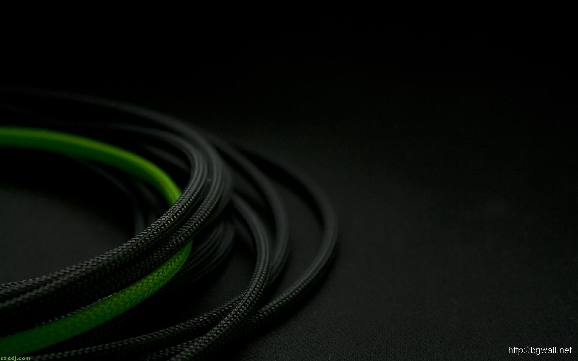 green-and-black-mini-cable-wallpaper
