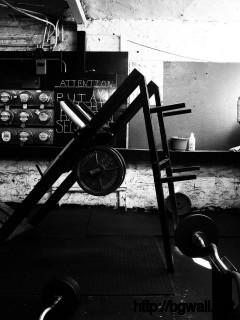 gym-room-vintage-wallpaper-high-definition